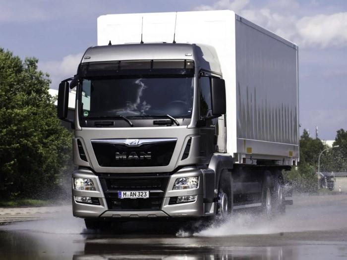 Почему так важна мойка изотермического фургона? К чистоте изотермических фургонов необходимо относиться очень внимательно.